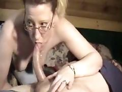 Cock Loving Wife Gives Fantastic Deep Throat Blow Job