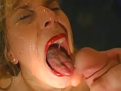 Hot babes are drinking sperm right from the plate