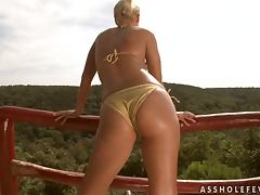 Skank Gets Her Ass Stuffed with Dildo and Dick
