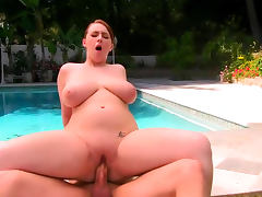 Felicia Clover and Xander Corvus are fucking at the poolside
