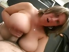 Chubby with delicious tits tube porn video