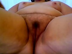 Hairy BBW pussy close up tube porn video
