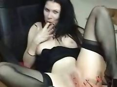 Mina smoking and masturbating on cam