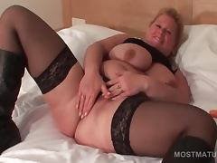 Charming mature blonde rubs her cunt with panties tube porn video