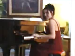 Henrietta Kerez Play Piano tube porn video