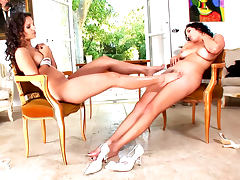 Eve Angel is licking feet of Jelena Jensen tube porn video