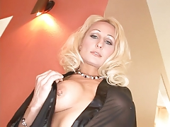 Horny Blonde Takes A Big One Up Her Ass