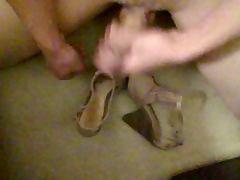 Masturbating and cumming on high heels 21