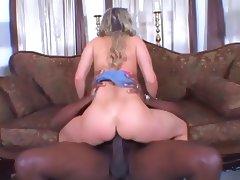 Super Hot MILF Lori Lust