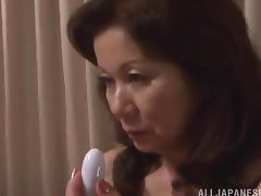Asian granny Nanoko Kimura knows what she needs tube porn video