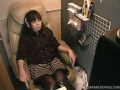 Horny Japanese chick watch the TV and masturbates tube porn video