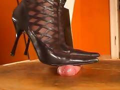 CumOnMyBoots and Cumshot