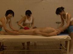 Strange Japanese sauna ladies exposed CFNM sponge bath