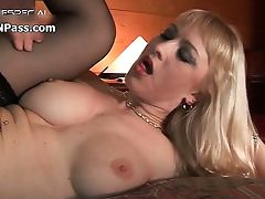 Nasty ing loving blonde whore gets