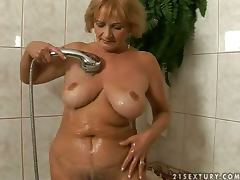 Bed, Bath, Bed, Blowjob, Couple, Cum in Mouth
