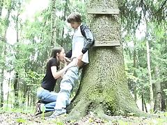 Adventure blowjob in the forest porn tube video