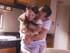 Randy housewife gets some deep penetration