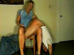 Spanking MomsKnee 2 tube porn video