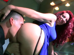 Clover fucks with Kelly Divine in doggy style