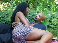 Relaxing Day in the Park Ends with Hardcore Fuck for Ebony Nyomi Banxxx
