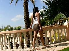 Beaded Beauty Masturbating Outdoors for an Squirting Orgasm