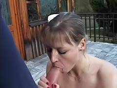 Babe likes blowing penis on the balcony tube porn video