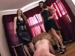 Serve 2 Hawt Mistresses