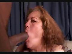 Colombian Granny R20 tube porn video
