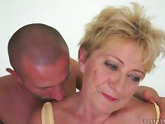 Malya the slutty granny gets her bushy pussy fucked hard tube porn video
