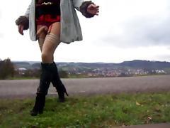 Trannyslut outdoor wanking tube porn video