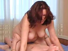 Stepmom with saggy tits and guy have a position 69