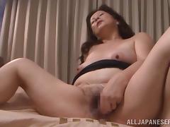 Japanese milf Chizuru Iwasak enjoys fingering her meaty cunt indoors tube porn video