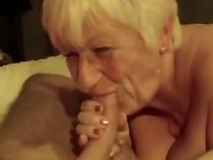 Granny playing with icecube tube porn video