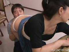 Beautiful Japanese milf Mai Itou enjoys sucking her man's prick