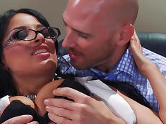 Cock-sucking brunette gets cum on glasses