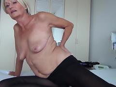 horny mature masturbates on the bed tube porn video