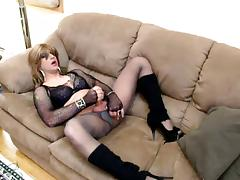 pleasure on the couch tube porn video