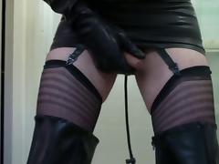 Thigh High Rubber Boots and Inflatable Butt Plug porn tube video