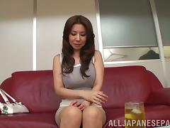 Curvaceous Sakkiko Mihara gets her pussy toyed in POV