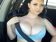 Lol! bouncing boobs in a SUV