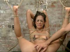 slim brunette tied 2 tube porn video