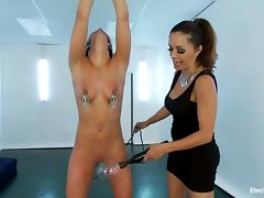 Adriana Chechik gets her pussy licked and toyed in bondage vid