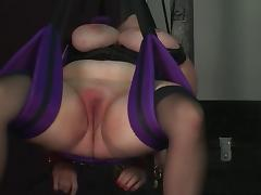 Slave gets bound by ropes and dom puts a glove deep in her pussy