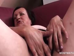 Lonely mature masturbating craving twat in close-up