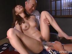Two men use a lot of sex toys to play with RIna's vagina tube porn video