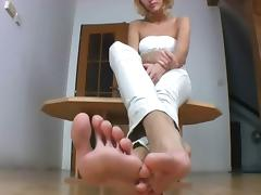 Hot blonde shows off her feet
