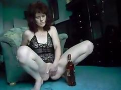 Redhead Mature Bottle Show tube porn video