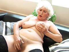 Horny Granny Using Her Experience to Please a Hard Cock