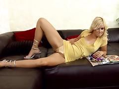 Slender blondie siren is giving some slight touches to her muff