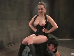 Superb Aiden Starr dominates Derrick and sits on his face